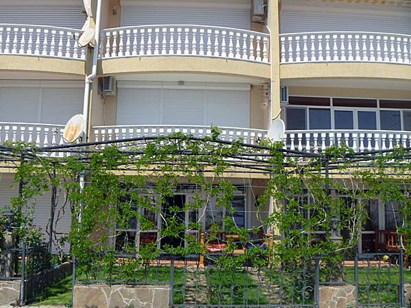 частные апартаменты Эллада Алушта