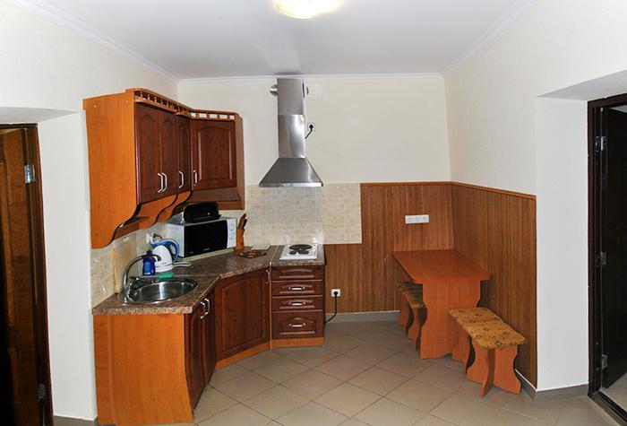 Семидворье  Алушта аренда номеров с кухней